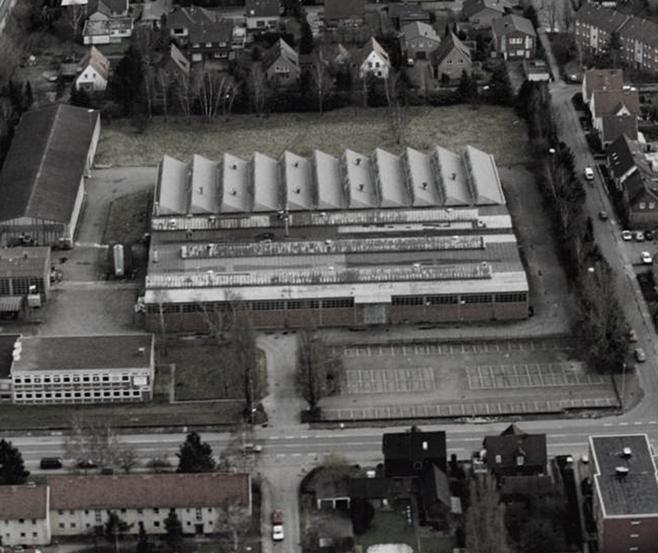neue Produktionshallen 1962